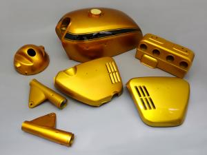 CB750 K0 PAINTED BODY SET (CANDY GOLD)(DEFECT)