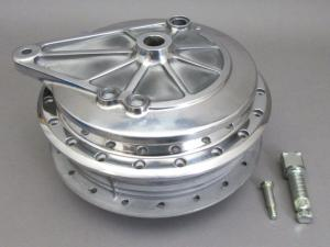 CB750K7,K8,EARA REAR WHEEL HUB & BRAKE PANEL SET